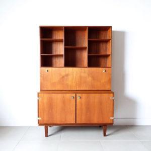 Writing cabinet@bellbet吉祥寺店