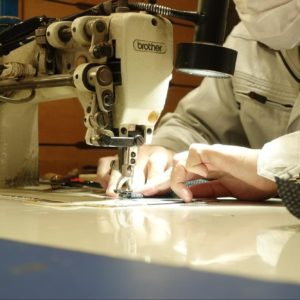 一級いす張り技能士とは?すべての職人が一流の椅子張り専門工房「土屋椅子製作所」