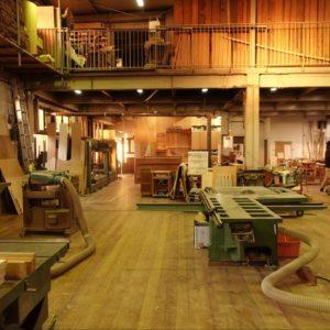 紆余曲折を経て婚礼家具から造作家具へ。職人を第一に考える工房『牧本木工所』