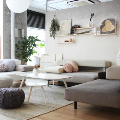 スタイリッシュなデザインからは想像できない座り心地と安心感『フローティングソファ(SO‐01)』