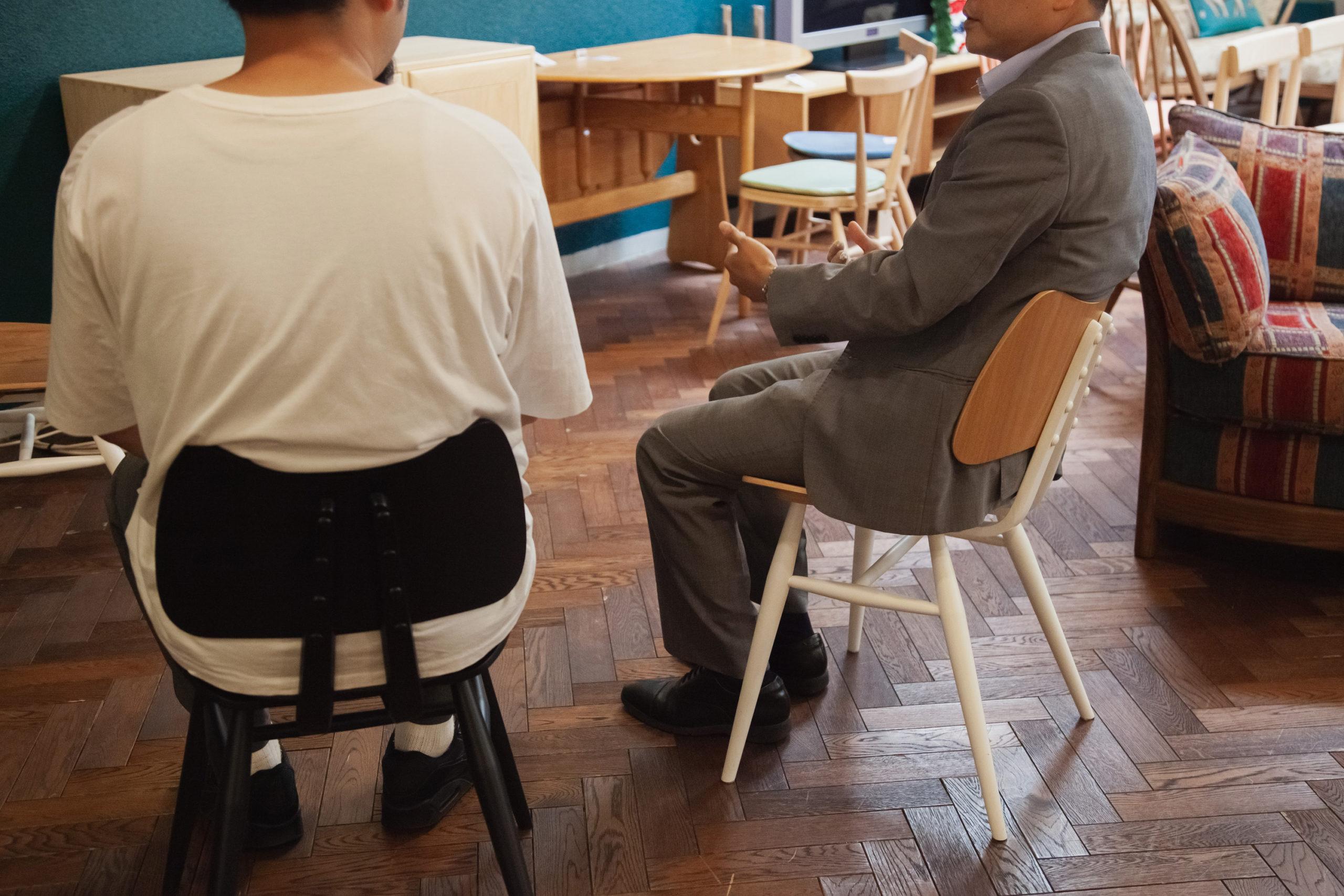 荷重に対して体に沿うようにピッタリとフィットする座り心地