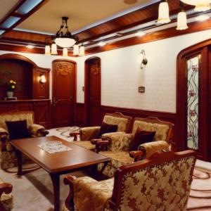 神戸の家具文化を支える「かぐびと。〜クレアシオンフジイ」